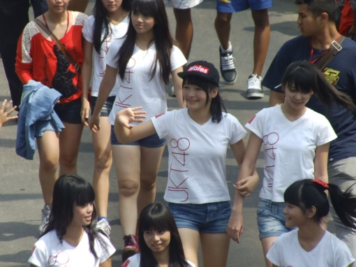 Indonesian girls in short shorts and t-shirts