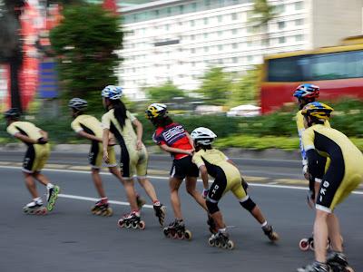 Indonesia in line skate photo by Galih Setyo Putro of Hifatlobrain blog